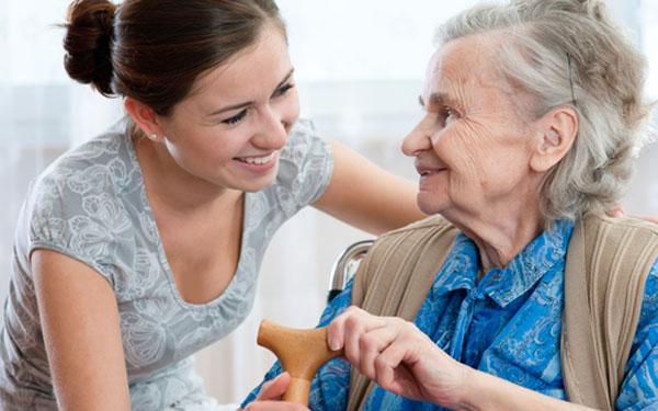 volunteer-with-patient._600x375jpg